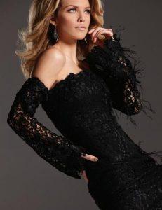 annalynne-mccord-sexy-photoshoot-in-black-dress