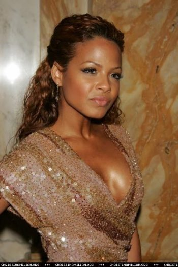 christina-milian-cleavage-pics