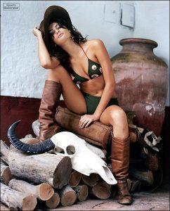 isabeli-fontana-sports-illustrated-sexy-pic