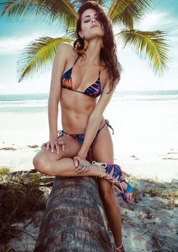 isabeli-fontana-in-hot-bikini