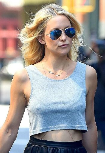 kate-hudson-pokies-photo