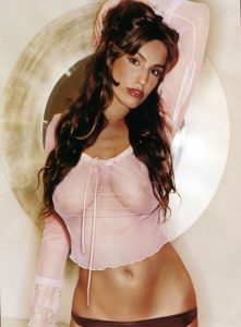 kelly-brook-see-through