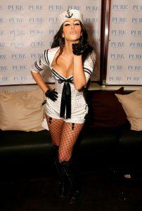 kim-kardashian-sexy
