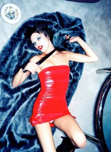 milla-jovovich-in-red-dress-sexy-pic