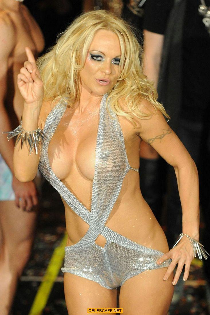 Zoe Lucker nackt Nacktbilder Videos, Sextape ANCENSORED