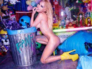 pamela-anderson-naked