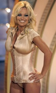 pamela-anderson-shows-off-her-cleavage