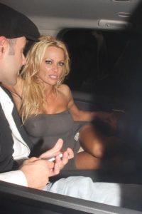 pamela-anderson-upskirt-photo-12