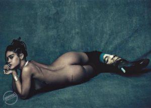 rihanna-naked-ass