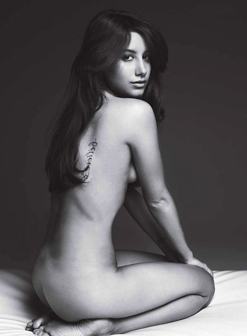 Kate uptons fitness ass naked (49 photo), Selfie Celebrites fotos