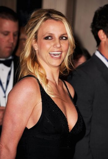 britney-spears-cleavage-pic