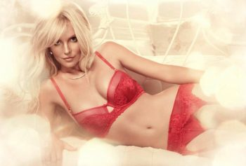 britney-spears-in-red-lingerie