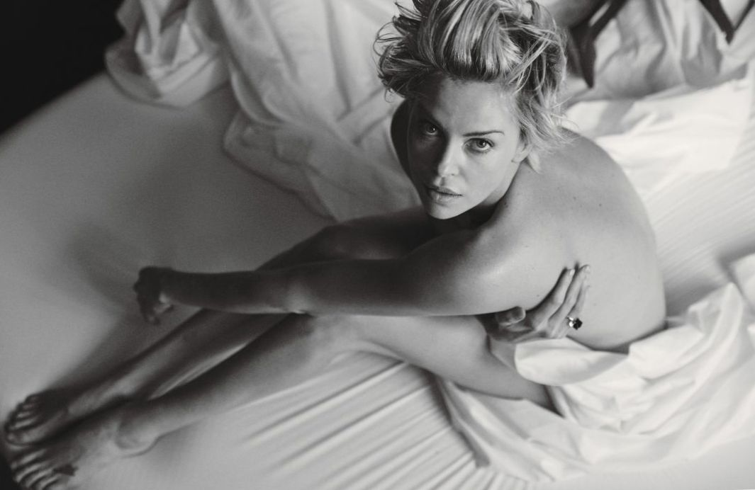 charlize-theron-nude-photo