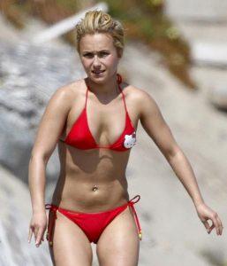 hayden-panettiere-in-bikini-on-beach-in-malibu-02