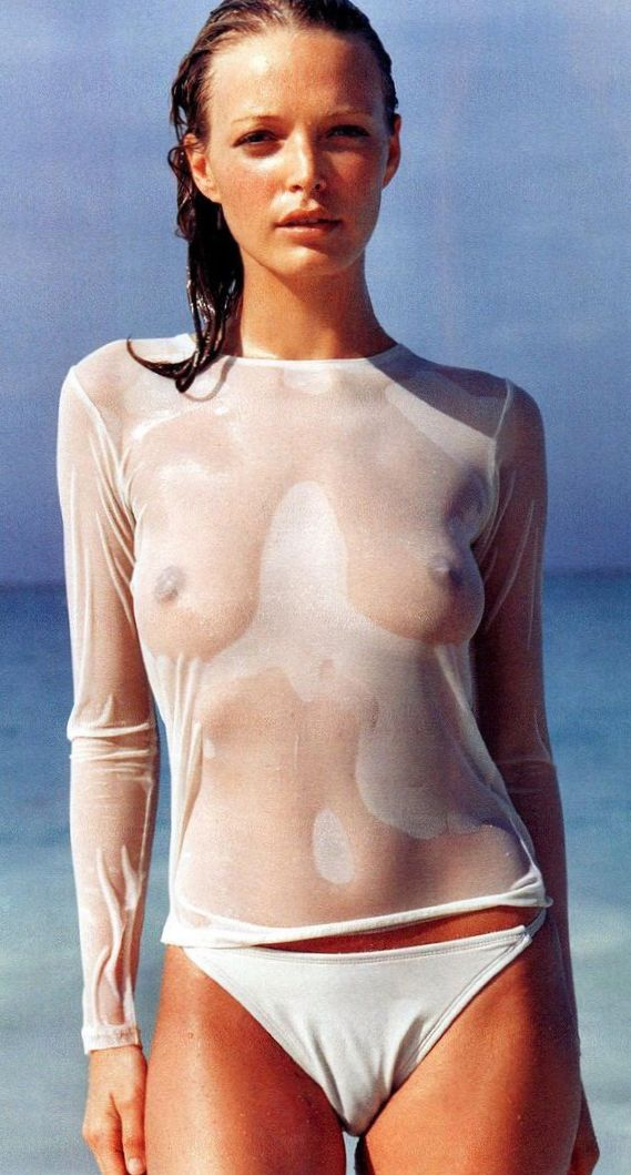 heidi-klum-see-through-nipples