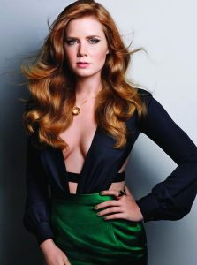 hot-amy-adams-cleavage