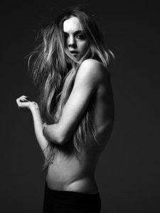 hot-lindsay-lohan-topless