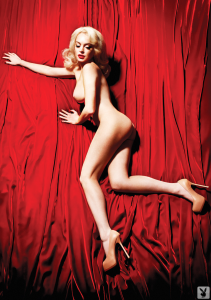 lindsay-lohan-poses-nude-for-playboy-photo-5