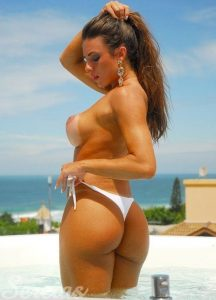 nicole-bahls-topless-photo