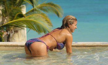 sexy-gemma-atkinson-in-bikini-23