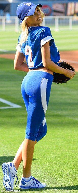 charlotte-mckinney-sexy-ass-in-spandex