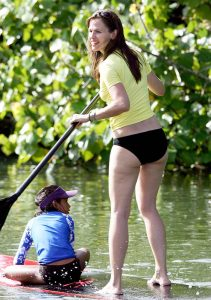 Jennifer Garner Paddle Boarding in Hawaii