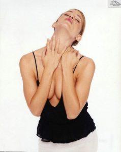 jennifer-garner-cleavage-1