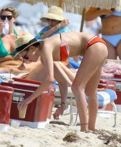 katie-cassidy-in-bikini-paparazzi-photo