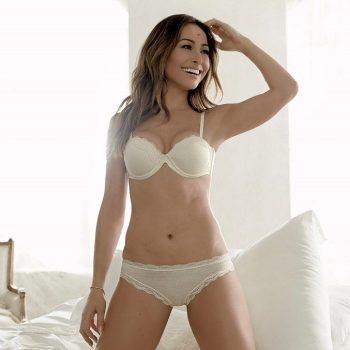 sabrina-sato-in-sexy-lingerie