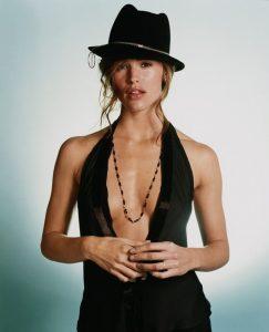 sexy-jennifer-garner-cleavage