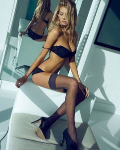 sweet-charlotte-mckinney-photo