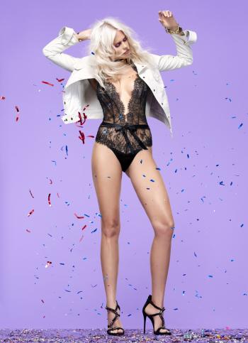 becca-hiller-sexy-legs