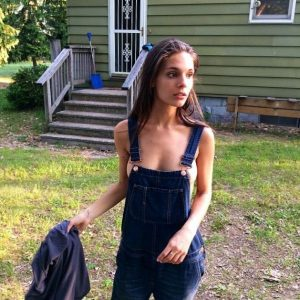 Caitlin Jean Stasey Sexy Pic