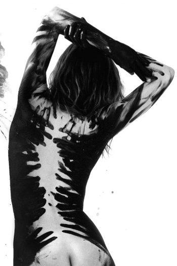 Dani Thorne Nude