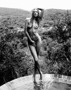 elsa-hosk-naked-images
