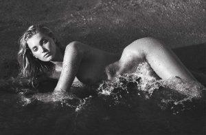 elsa-hosk-nude-photo
