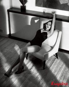 emilia-clarke-sexy-photoshoot-for-esquire-11