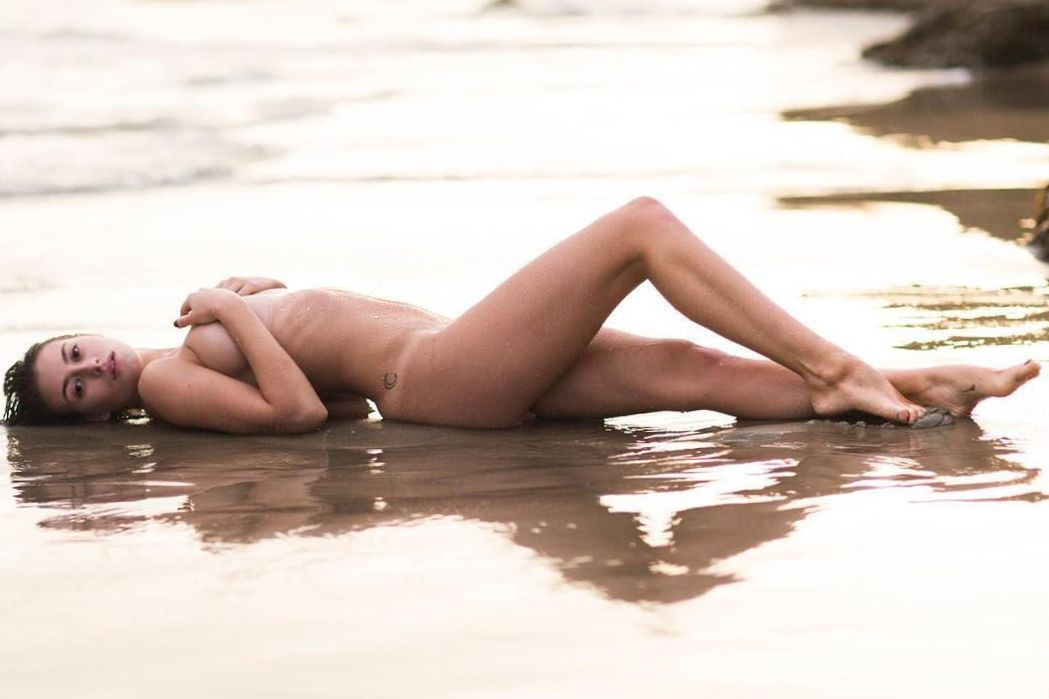 hot-alejandra-guilmant-naked-photo