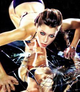 Hot Jessica Biel in bikini