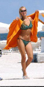 Hot Paris Hilton in bikini