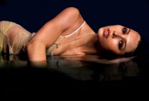 Jessica Biel Sexy Photoshoot