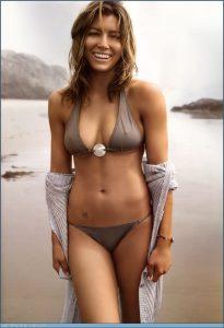 Jessica Biel in bikini