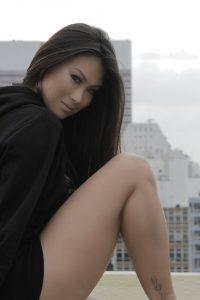 Sexy Francine Missaka