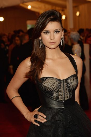 sexy-nina-dobrev-on-red-carpet