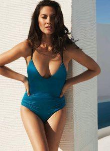 Sexy Olivia Munn Pic