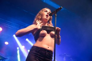 Tove Lo Showing her tits on stage