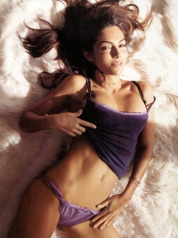 Vanessa Marcil sexy Photo
