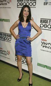 Alison Brie sexy (11)