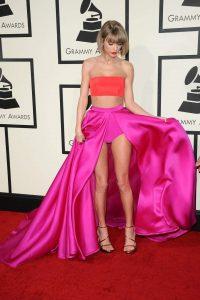 Taylor Swift sexy (19)