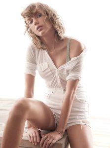 Taylor Swift sexy (22)